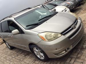 Toyota Sienna 2004 Silver | Cars for sale in Lagos State, Ojodu
