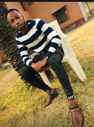 Am Seeking for CV as a Security Man | Security CVs for sale in Lagos State, Ajah