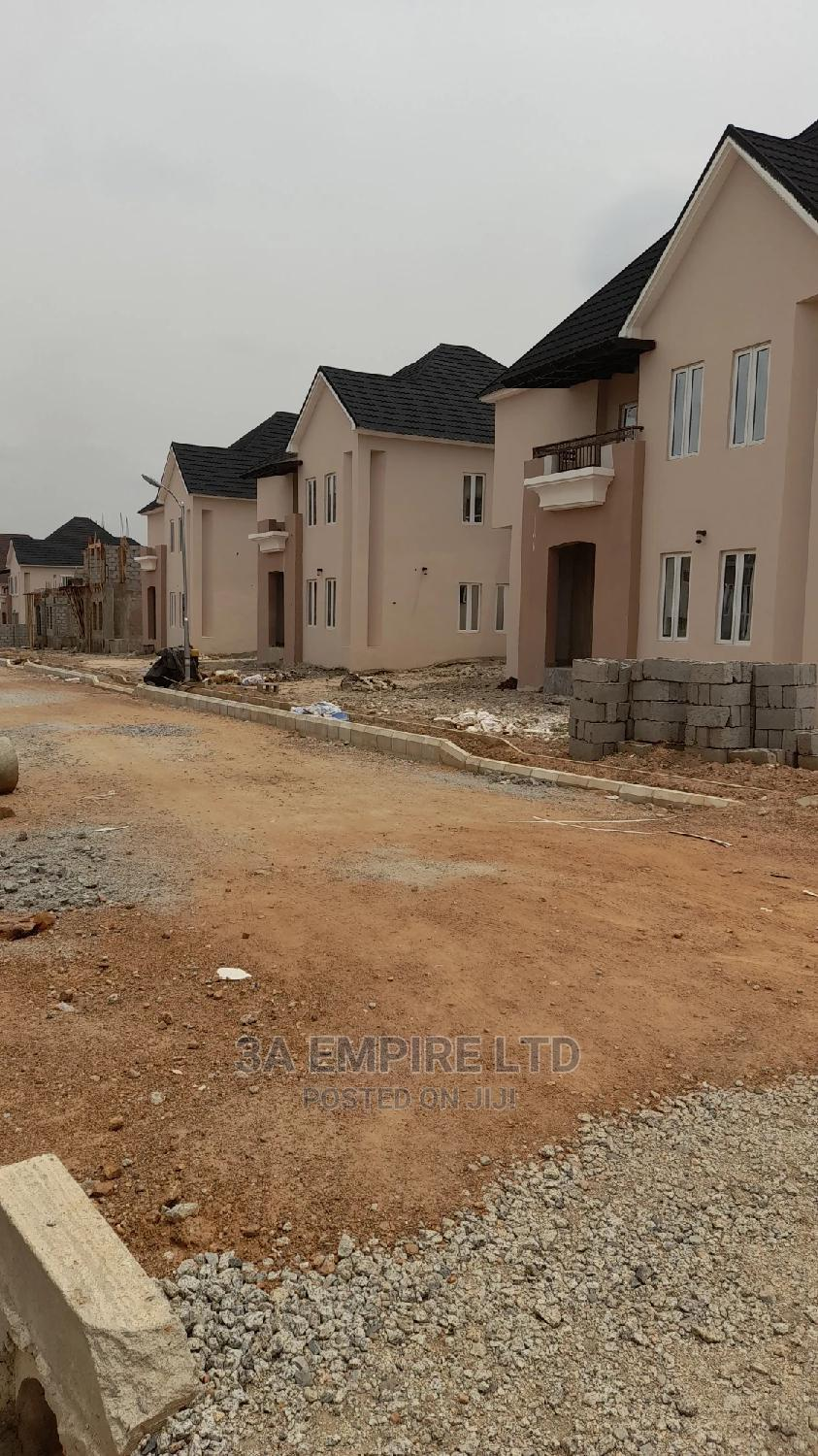 Beautiful 4bedroom Detached Duplex Pre-finished