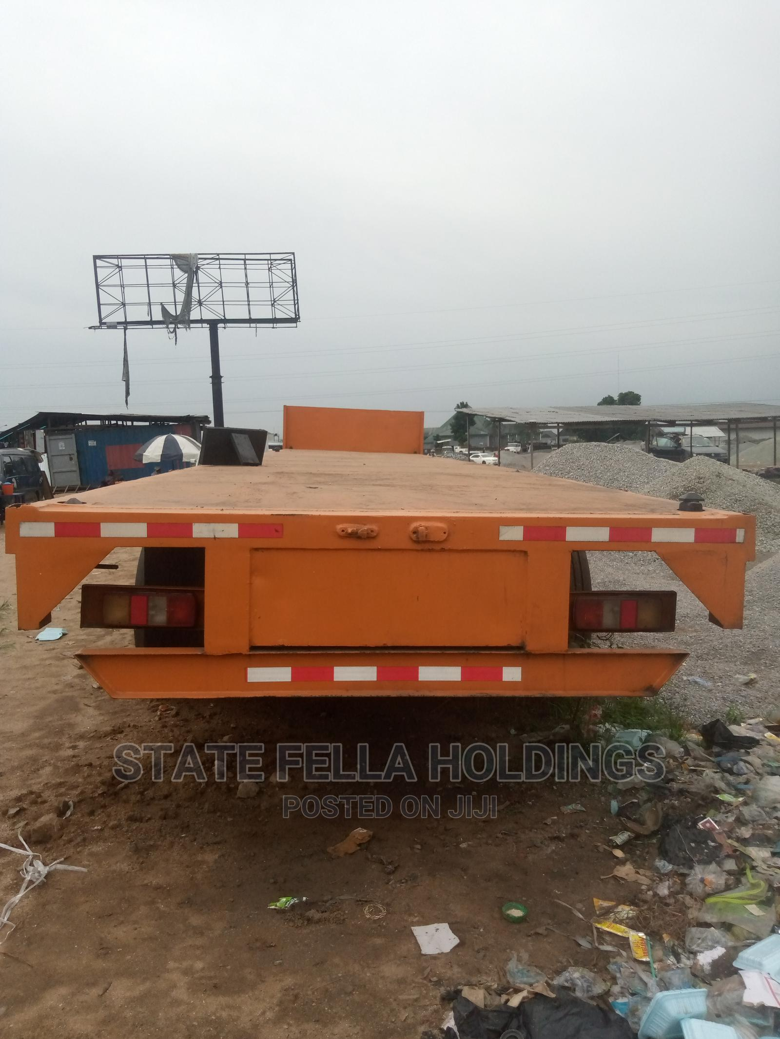 40 Ton, Triple Axle Flat Bed for Sale