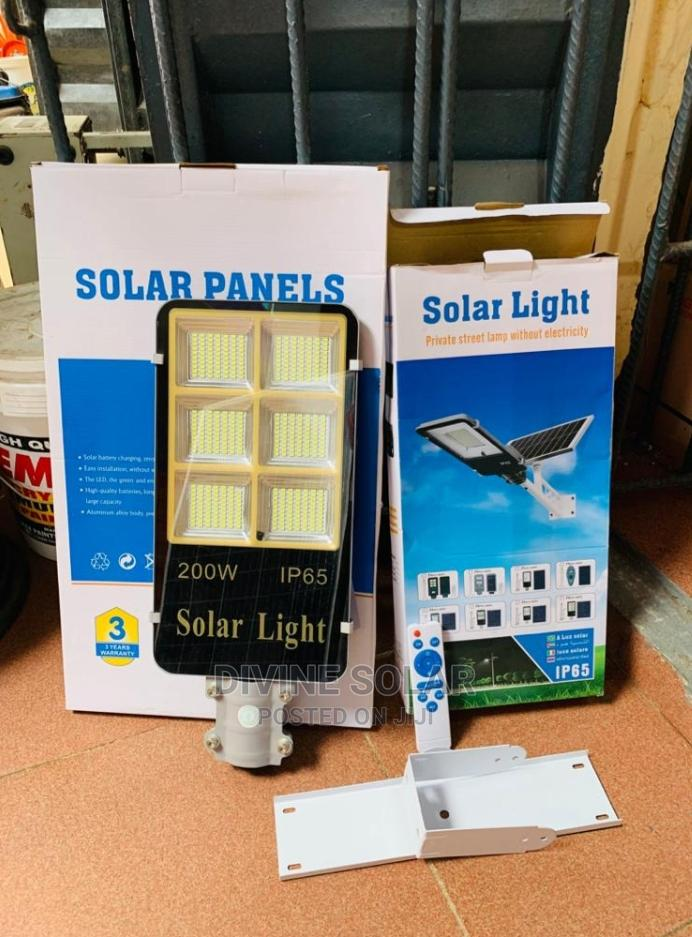 The Original 200w All in One Solar Street Lights Available