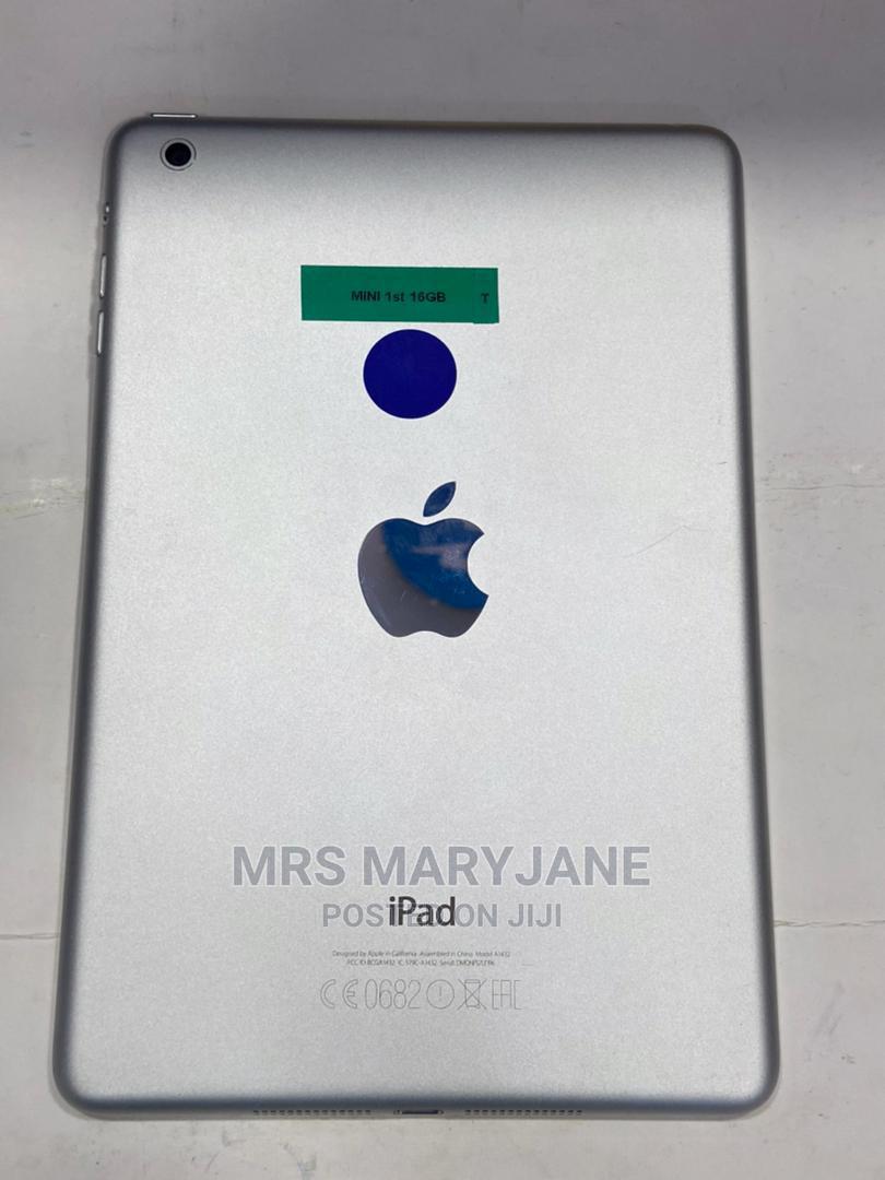 Apple iPad Mini Wi-Fi 16 GB White