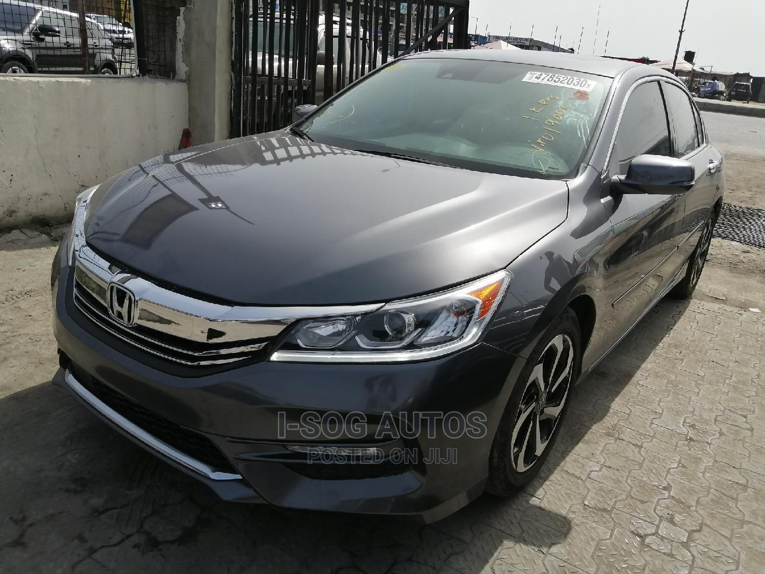 Honda Accord 2017 Gray