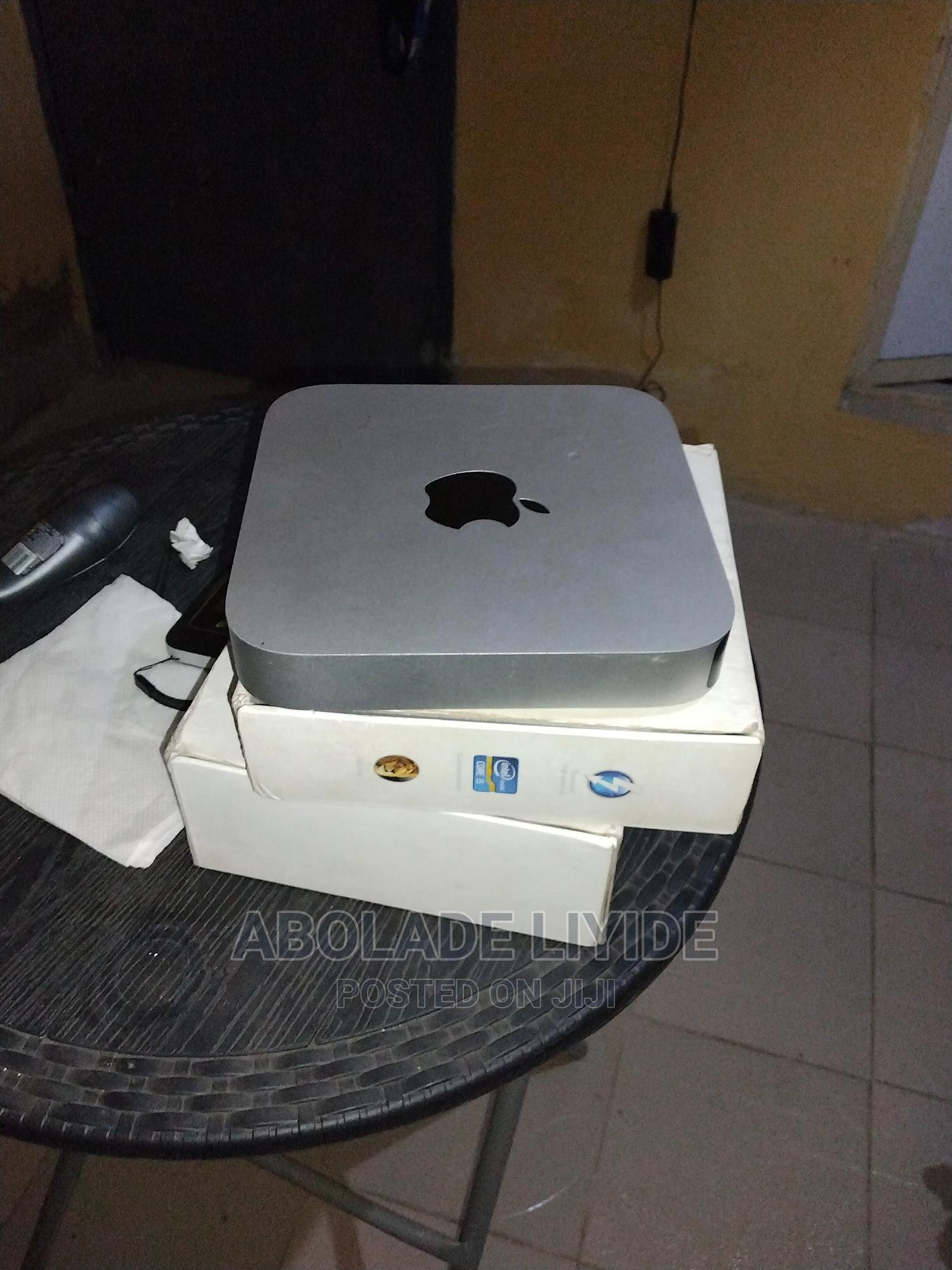 Desktop Computer Apple Mac Mini 8GB Intel Core i5 HDD 500GB