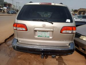 Toyota Sienna 2001 LE Gold | Cars for sale in Lagos State, Egbe Idimu