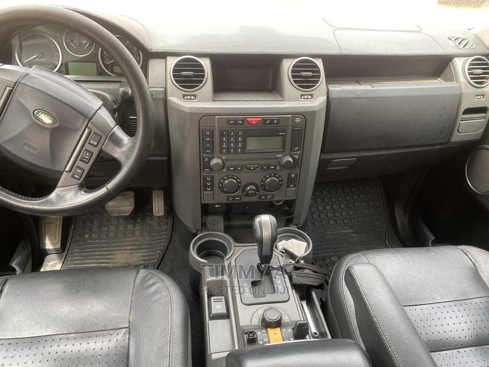 Land Rover LR3 2006 HSE Silver | Cars for sale in Central Business District, Abuja (FCT) State, Nigeria