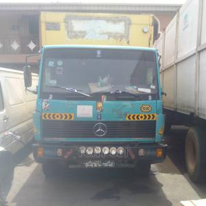 Mercedes 814 Truck 6-Tons Container Body | Trucks & Trailers for sale in Lagos State, Yaba