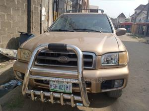 Nissan Pathfinder 2001 Automatic Gold | Cars for sale in Lagos State, Agege