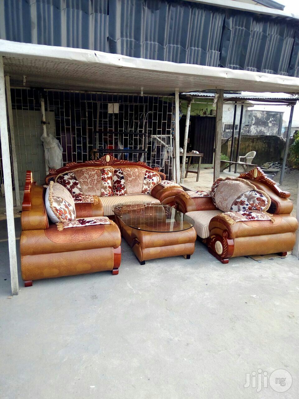 Royal Fabric and Leather Sofa Model Aw9191 | Furniture for sale in Ikoyi, Lagos State, Nigeria