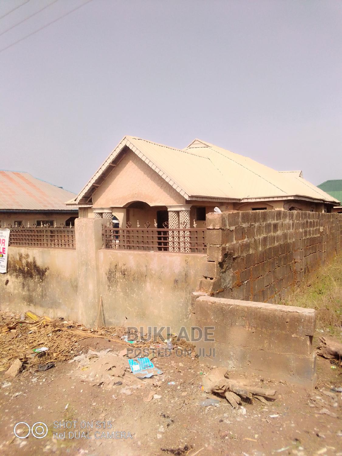 Bungalow for Sale | Houses & Apartments For Sale for sale in Akala Express, Ibadan, Nigeria