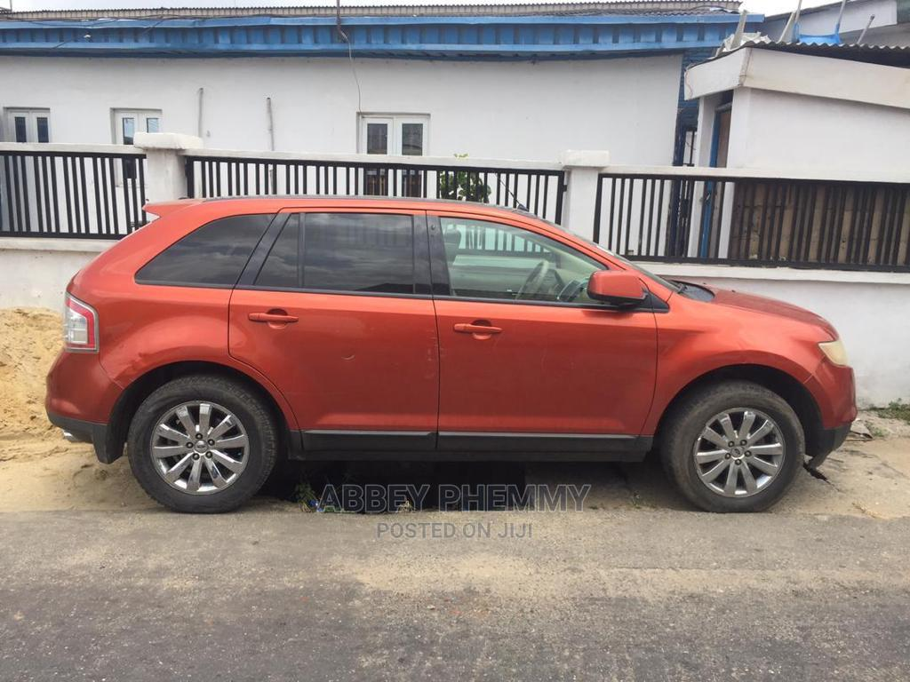 Archive: Ford Edge 2008 Beige