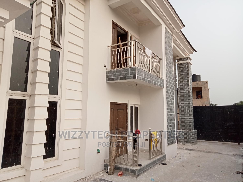 4 Flats of 3 Bedroom Flat for Rent