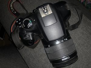 Canon E0S DSLR Camera Priced for Quick Sale | Photo & Video Cameras for sale in Lagos State, Lekki