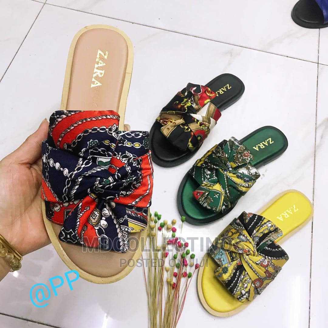 Archive: Flat US Slippers