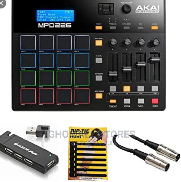 Akai Mpd226 Professional Usb Drum Pad Controller - Mr29
