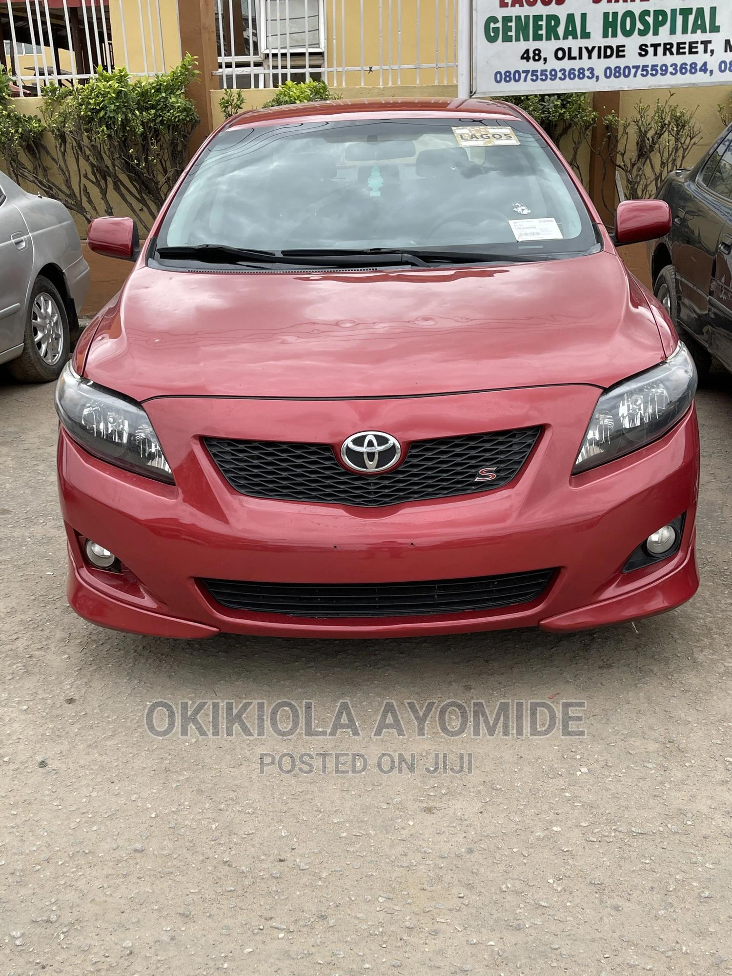Toyota Corolla 2009 Red