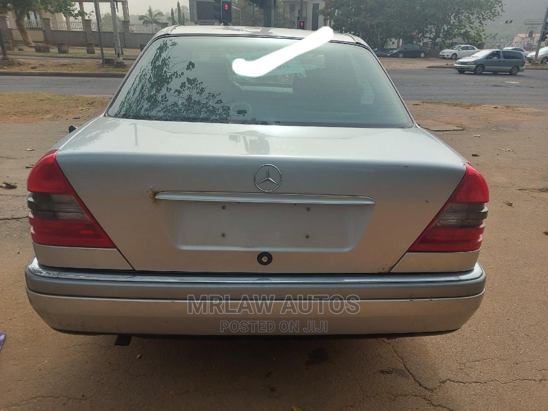 Archive: Mercedes-Benz C180 2000 Silver