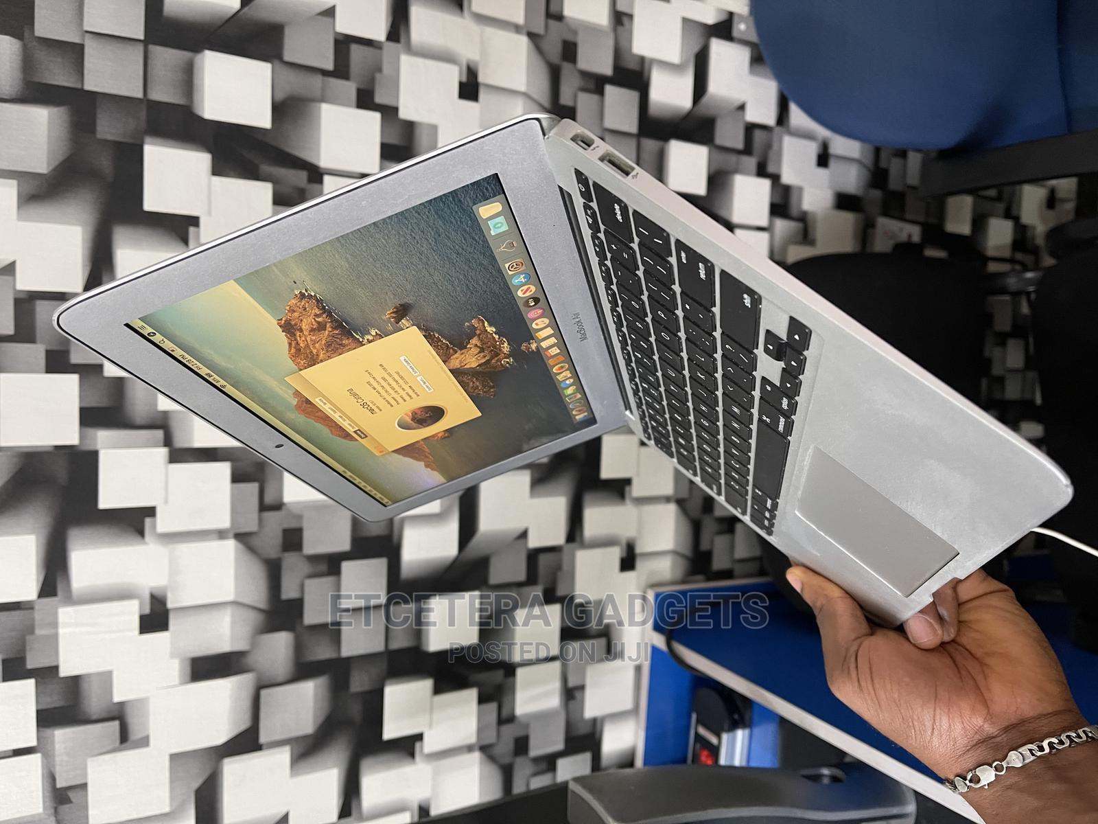 Laptop Apple MacBook Air 2013 8GB Intel Core I7 SSD 512GB