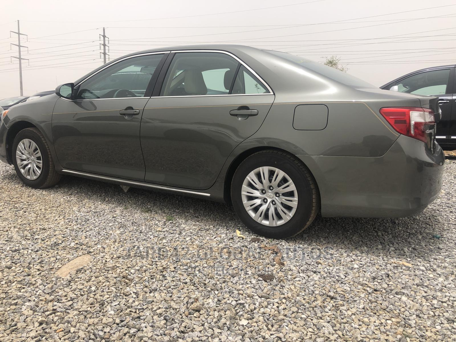 Toyota Camry 2012 Green | Cars for sale in Lugbe District, Abuja (FCT) State, Nigeria