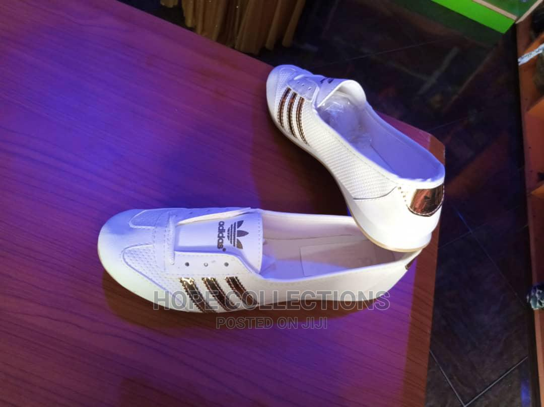 adidas canvas shoes women