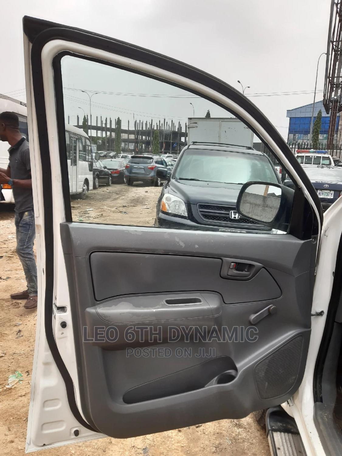 Toyota Hilux 2010 2.5 D-4d 4X4 SRX White | Cars for sale in Port-Harcourt, Rivers State, Nigeria