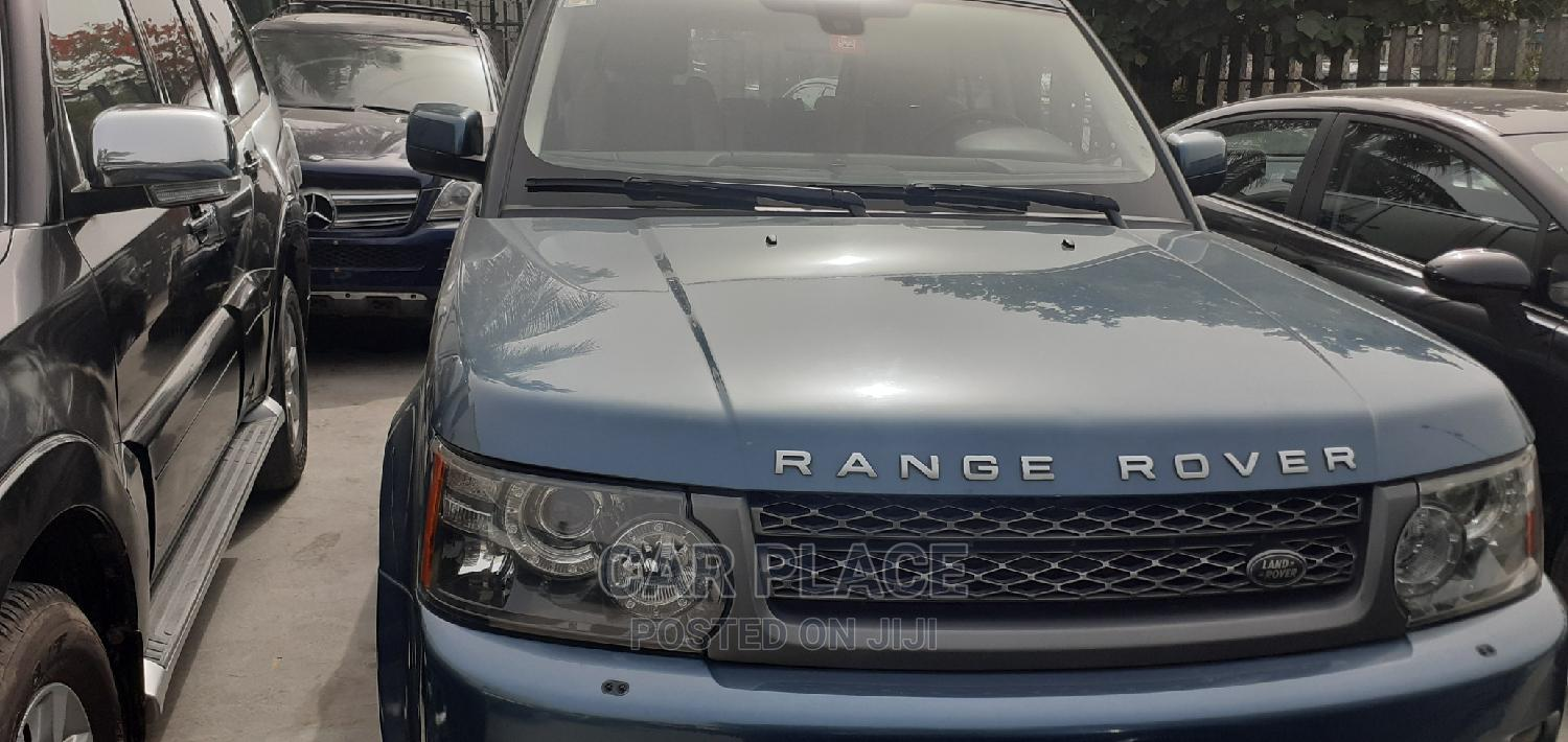 Archive: Land Rover Range Rover Sport 2012 Blue
