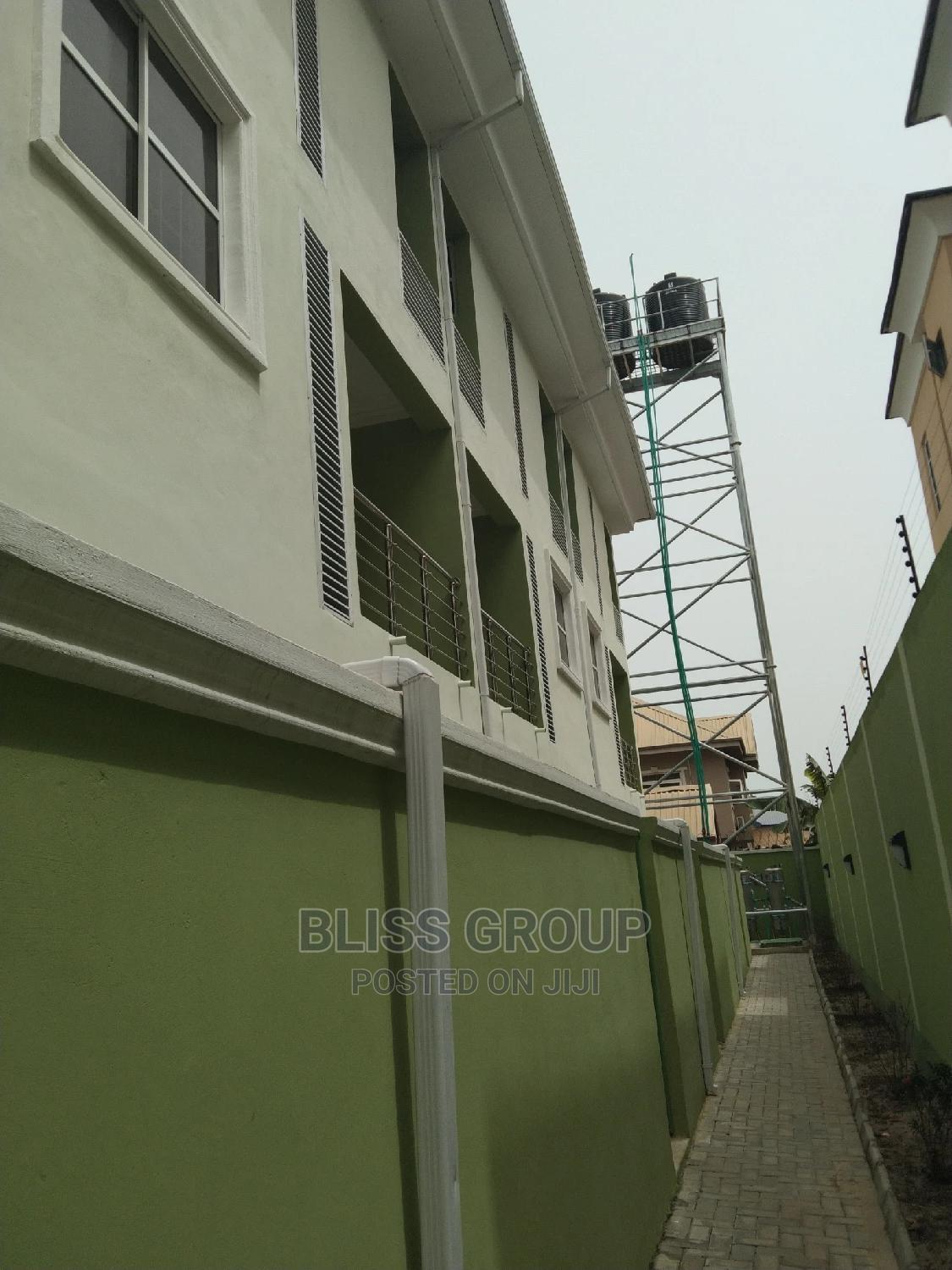 Standard 3 Bedroom Terrace Duplex | Houses & Apartments For Rent for sale in Lekki, Lagos State, Nigeria