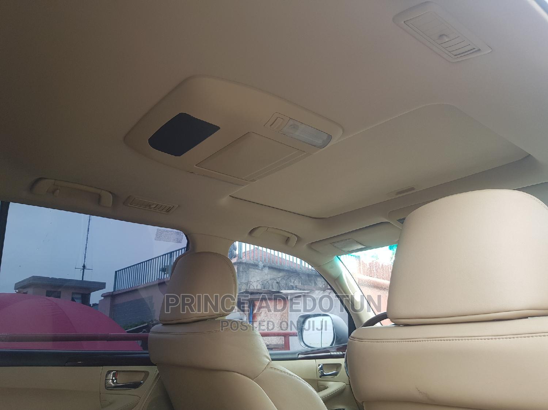 Archive: Lexus LX 2010 570 Silver