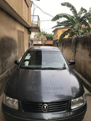 Volkswagen Passat 2000 Blue | Cars for sale in Lagos State, Isolo