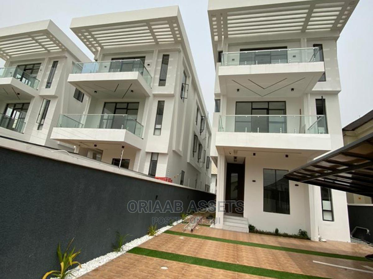 LUXURY 5bedrooms Fully Detached Duplex With 2bqs for Sale!
