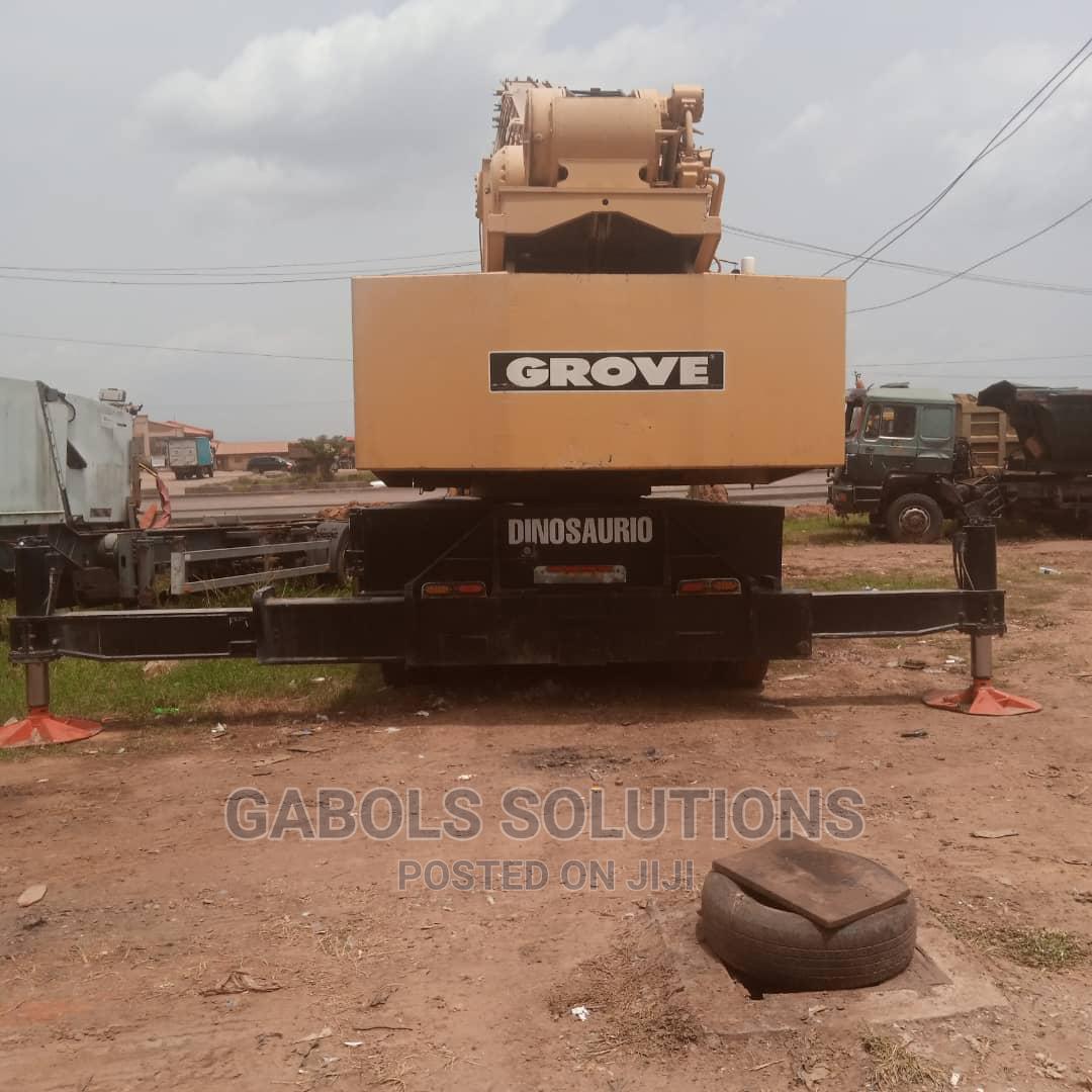 Tokunbo 100 Tons Grove Crane 2005   Heavy Equipment for sale in Ojota, Lagos State, Nigeria