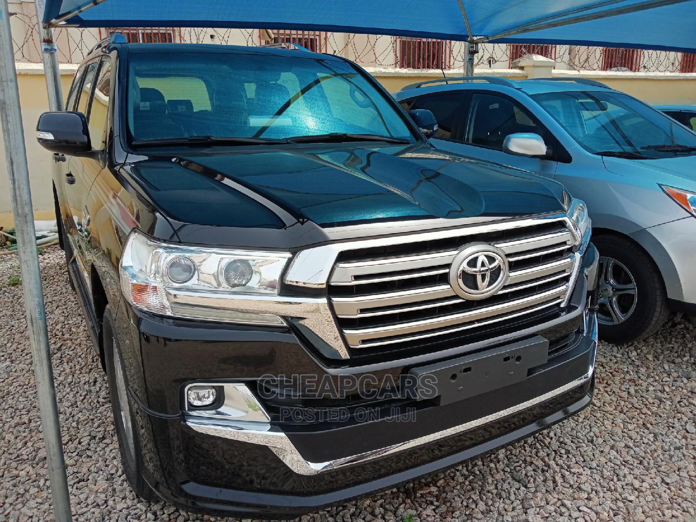 Toyota Land Cruiser 2020 4.6 V8 GXR Black