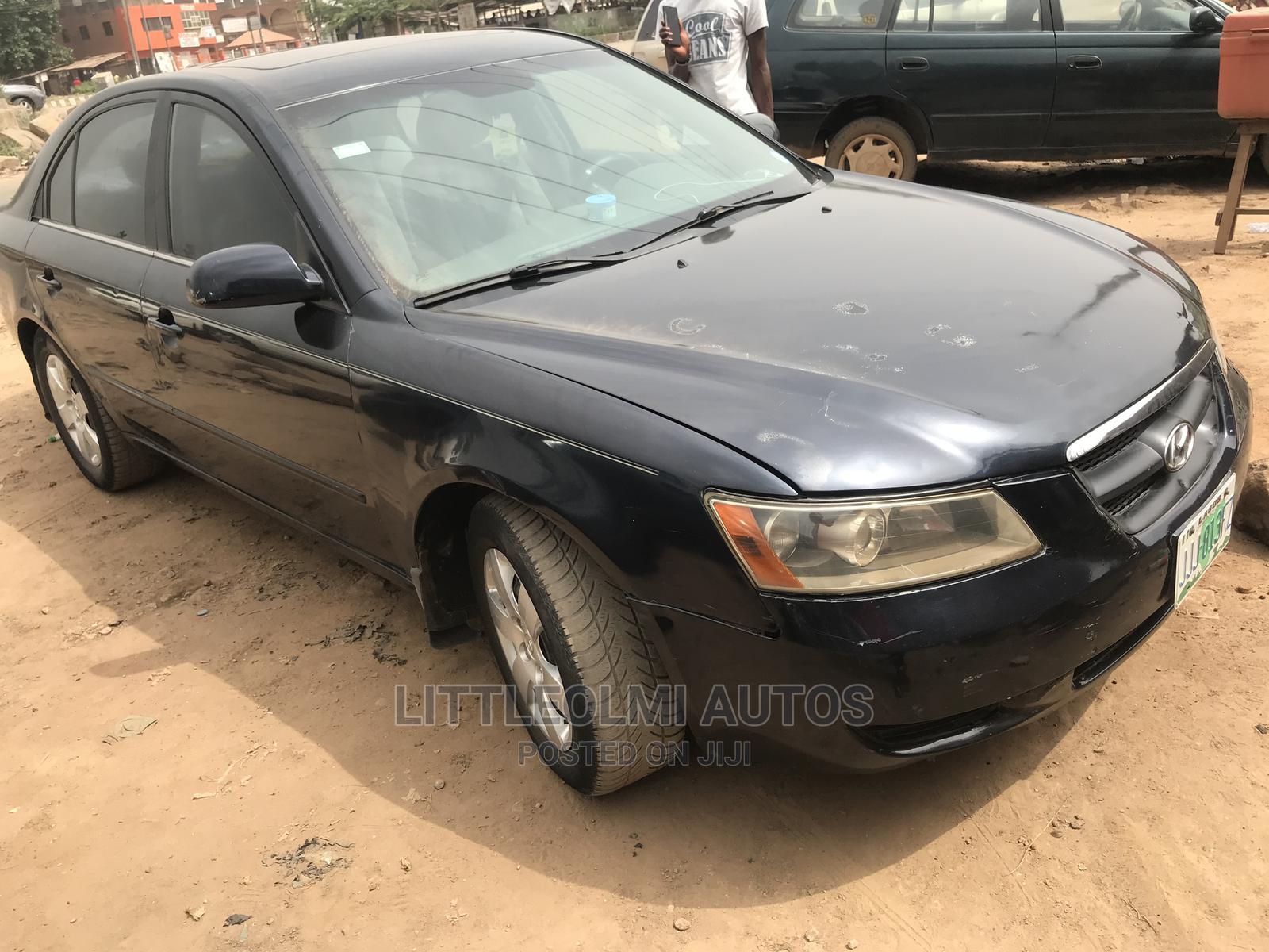 Hyundai Sonata 2006 2.4 GLS Black   Cars for sale in Ifako-Ijaiye, Lagos State, Nigeria
