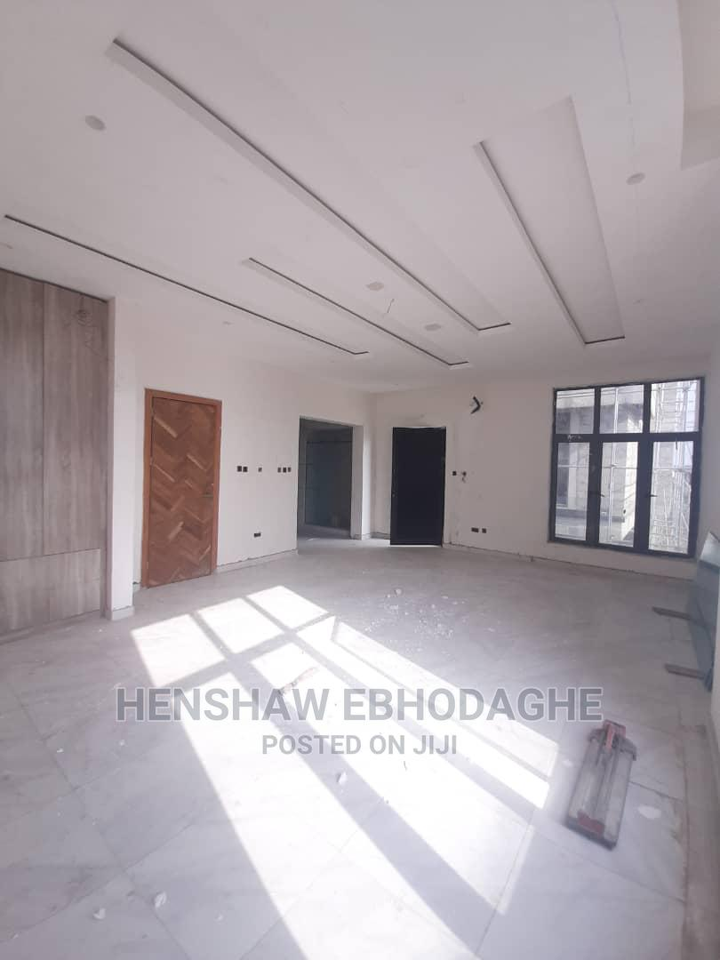 Well Built 5 Bedroom Duplex for Sale at Osapa London Lekki | Houses & Apartments For Sale for sale in Osapa london, Lekki, Nigeria