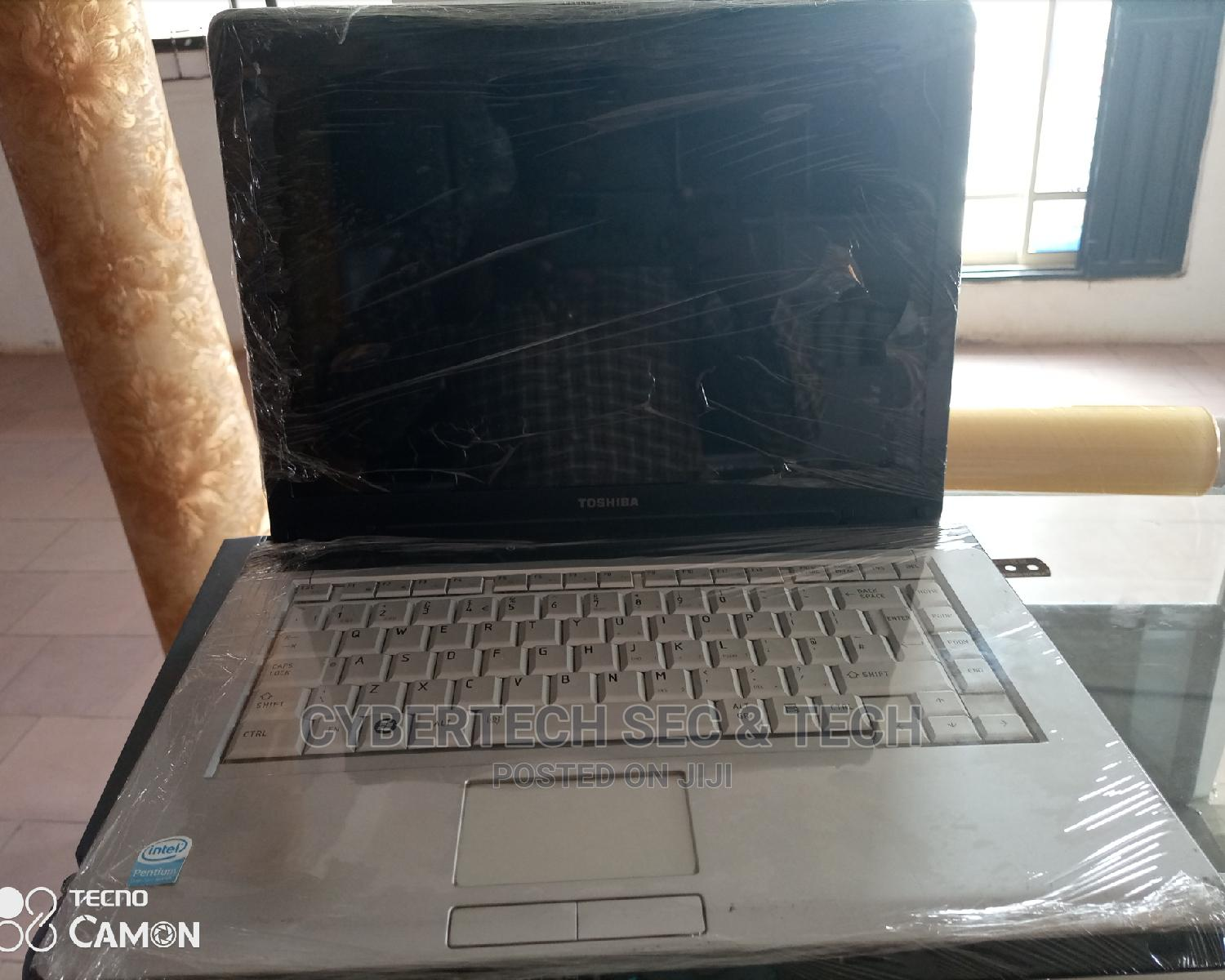 Archive: Laptop Toshiba 2GB Intel Core 2 Duo HDD 160GB