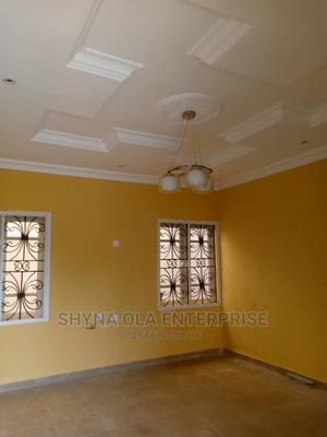 Lovely 2bed Roim Flat at Radio Eruwen Ikorodu | Houses & Apartments For Rent for sale in Lagos State, Ikorodu