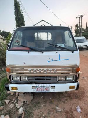 Toyota Dyna 2000 White | Trucks & Trailers for sale in Abuja (FCT) State, Kubwa