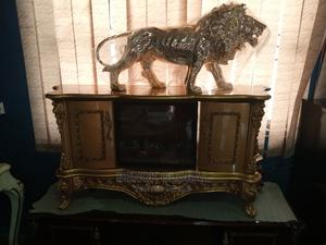 Luxury Golden Biggest Lion and TV Stand   Furniture for sale in Lagos State, Ojo