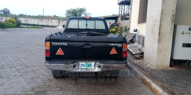 Archive: Toyota Tacoma 1998 Black