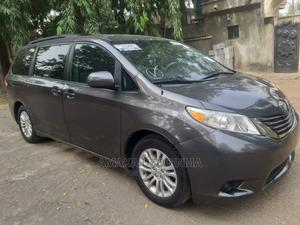 Toyota Sienna 2011 XLE 7 Passenger Gray | Cars for sale in Abuja (FCT) State, Wuse