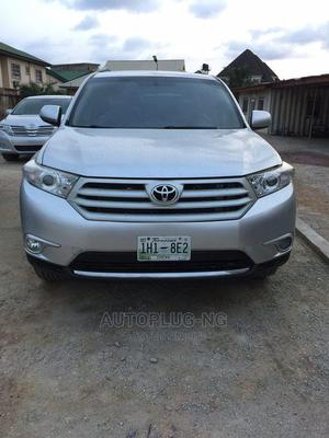 Toyota Highlander 2013 3.5L 4WD Silver   Cars for sale in Lagos State, Amuwo-Odofin