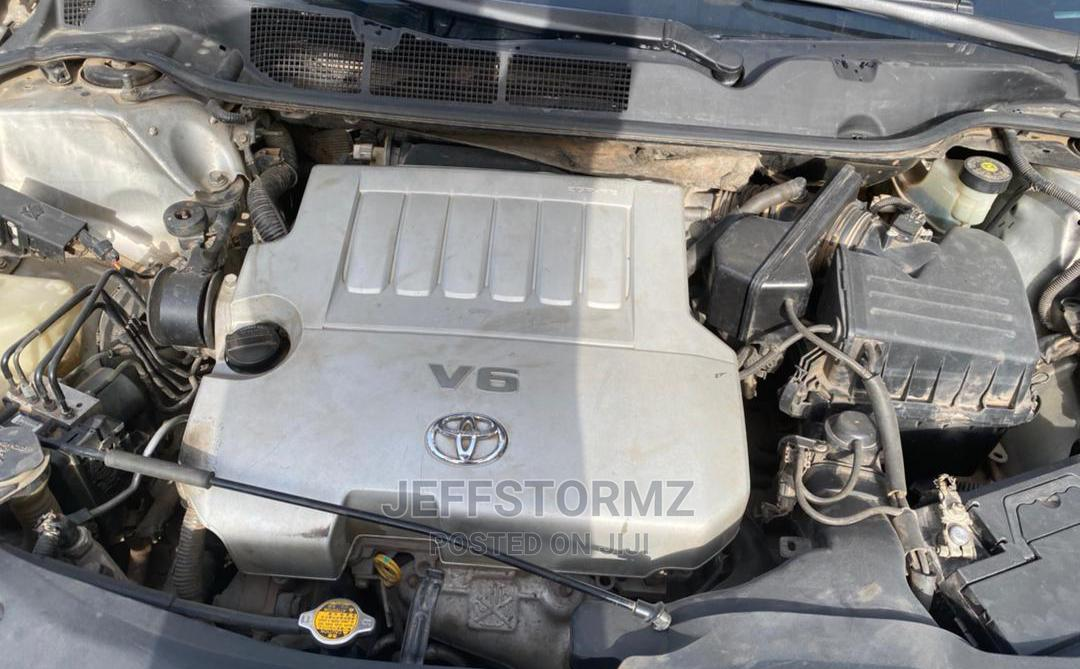 Archive: Toyota Venza 2010 V6 Silver