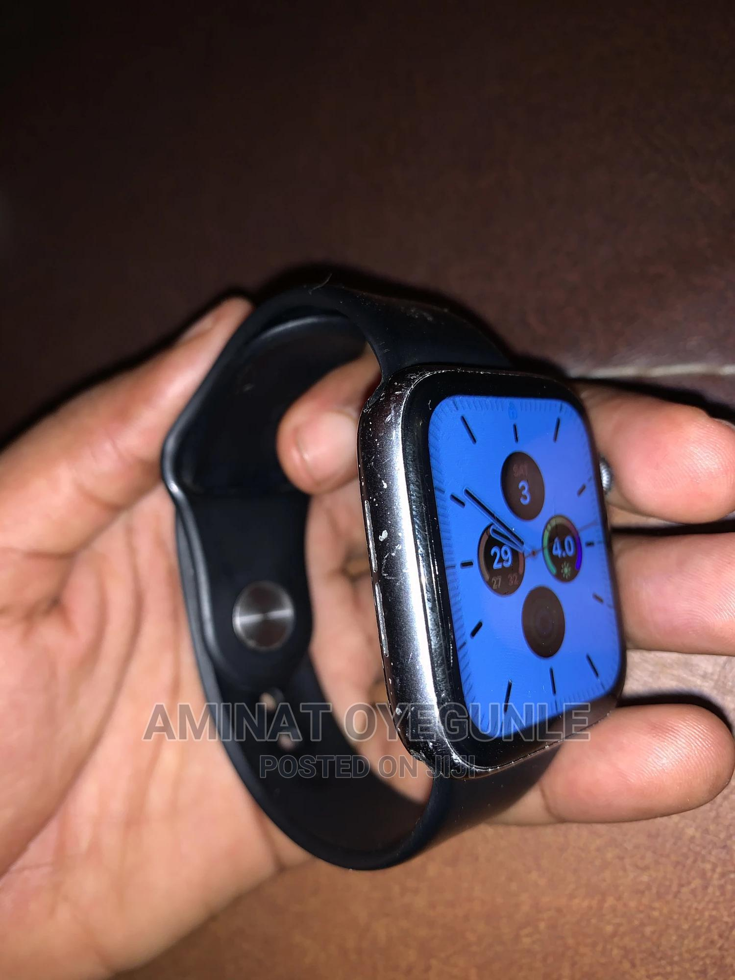 Archive: Apple Watch Series 4 42mm