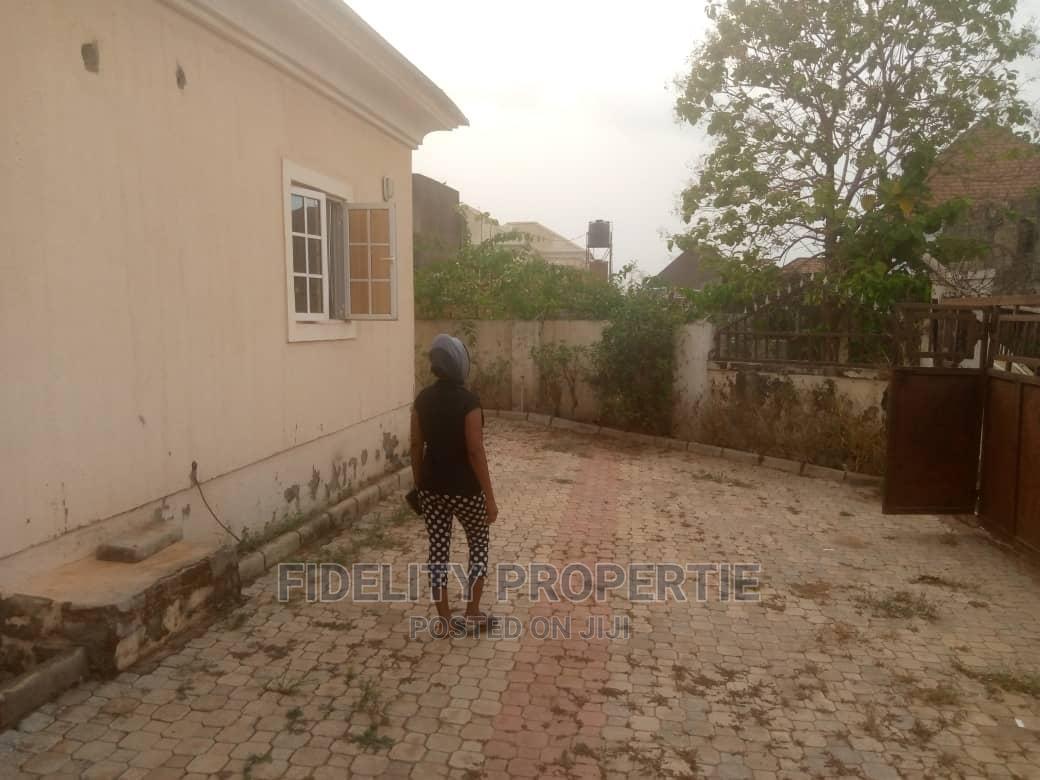 Archive: 3 Bdrm Semi Detached Bungalow at Sunyvale Estate, Abj