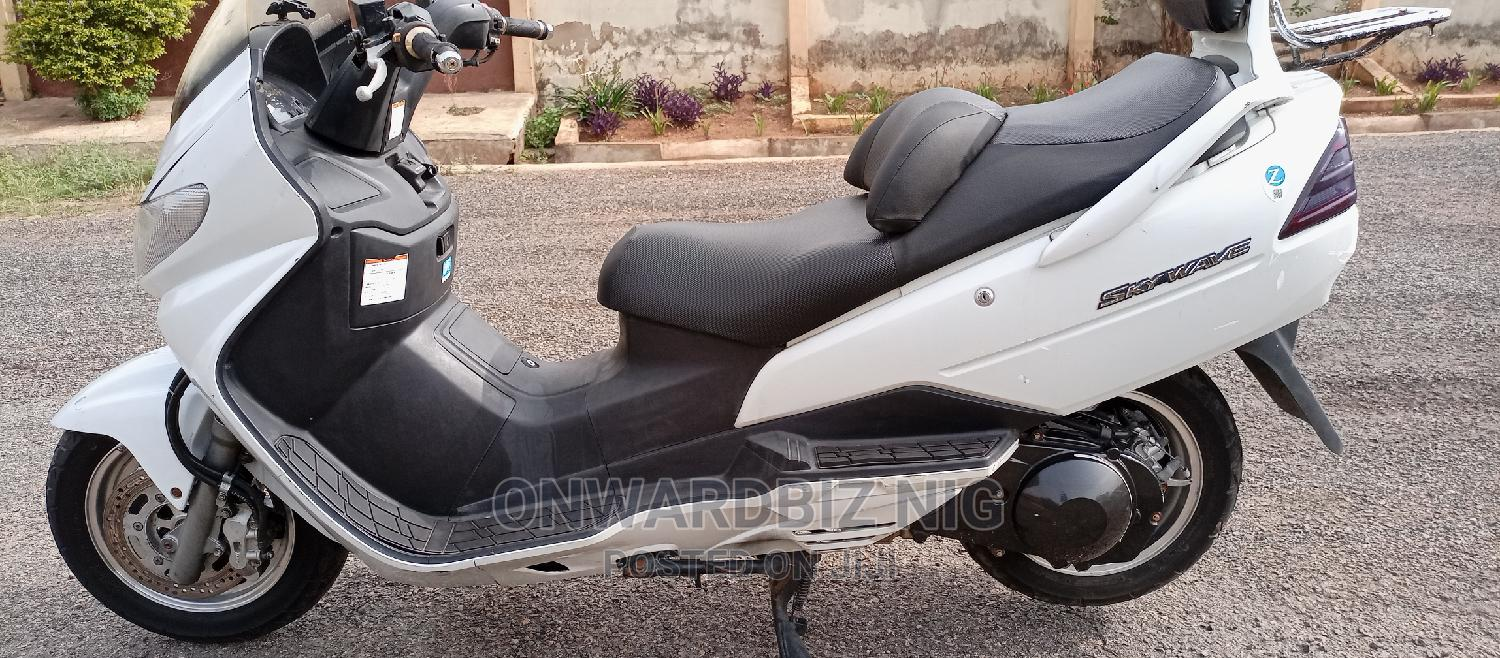 Suzuki Bike 2015 White | Motorcycles & Scooters for sale in Ibadan, Oyo State, Nigeria