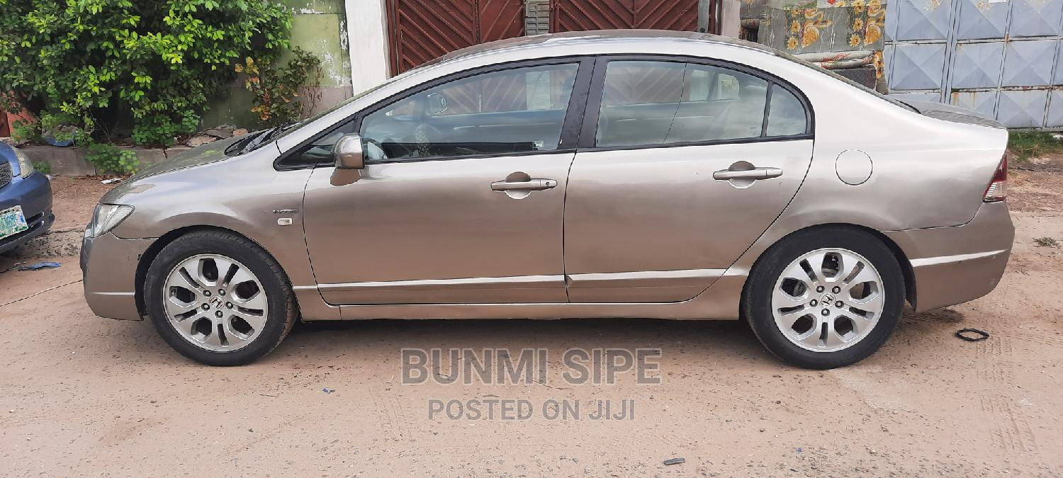 Archive: Honda Civic 2008 1.8 LX Automatic Gold