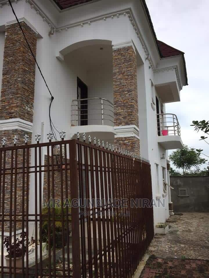 3bedroom Duplex, Documents; C of O | Houses & Apartments For Sale for sale in Ilorin East, Kwara State, Nigeria