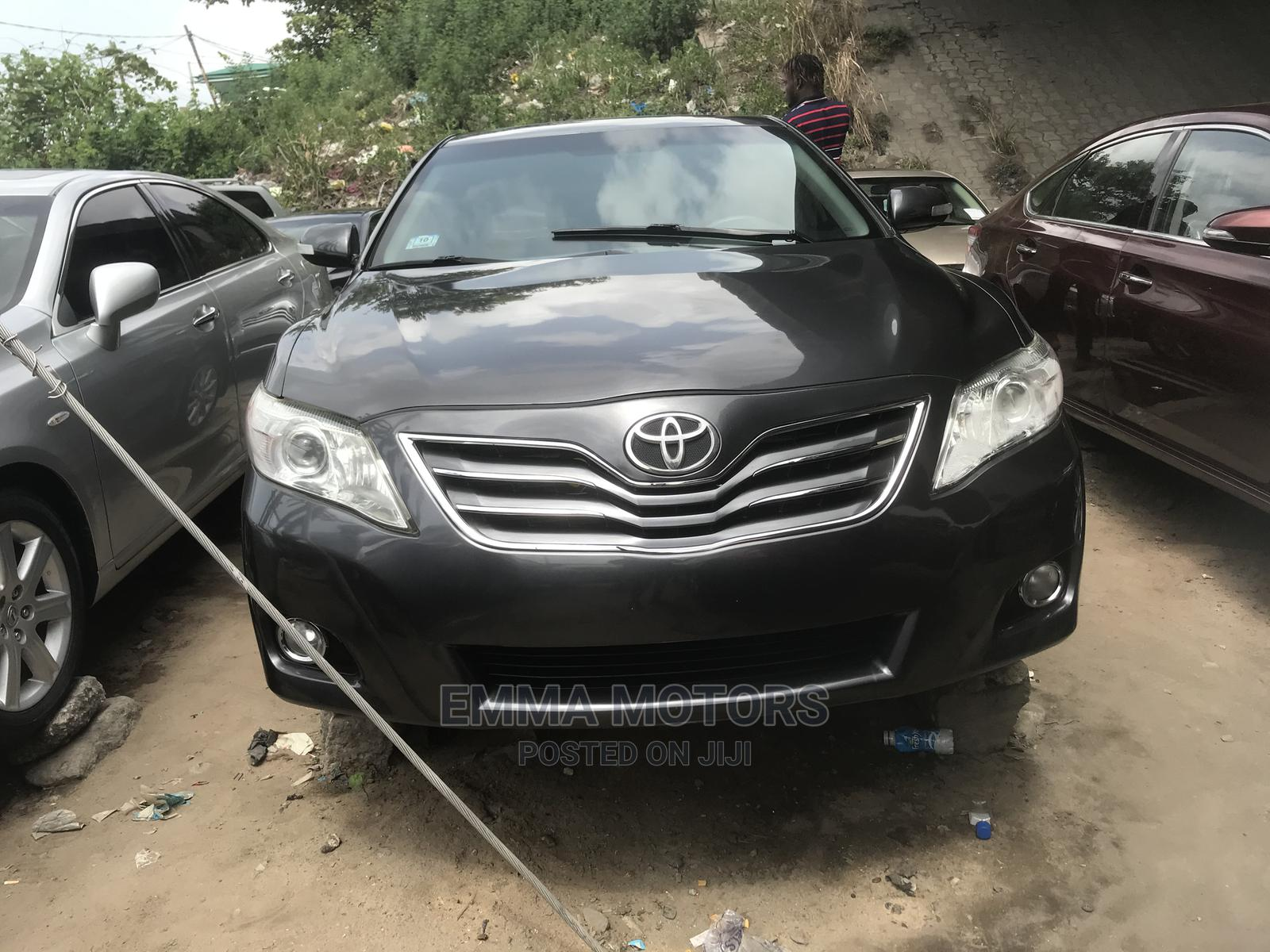 Toyota Camry 2010 Black