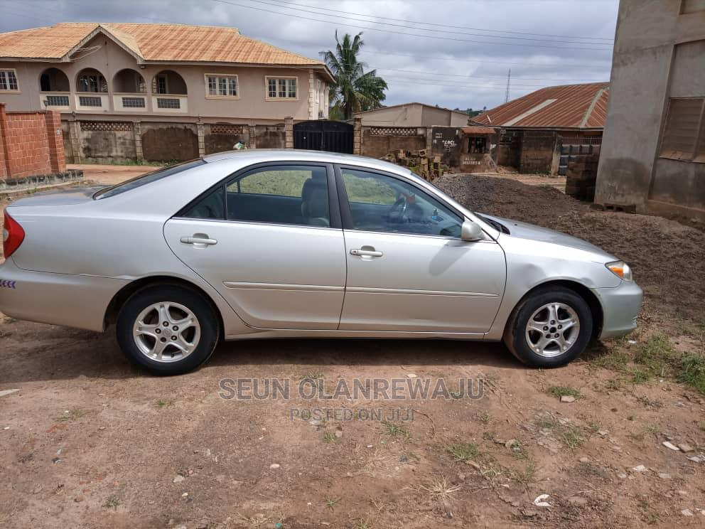 Archive: Toyota Camry 2003 Silver