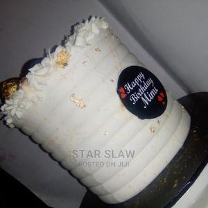 Delicious Chocolate, Vanilla Strawberry Size6 by 8 | Meals & Drinks for sale in Lagos State, Abule Egba